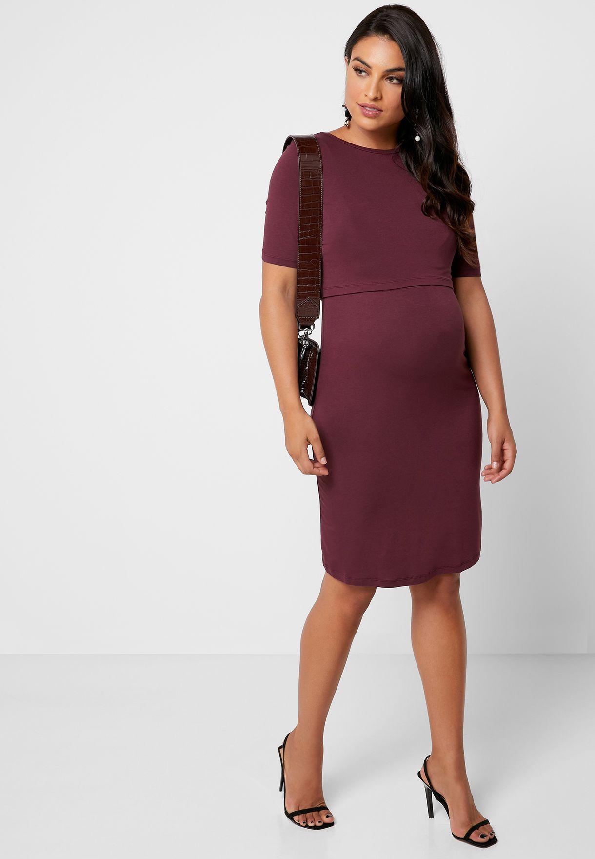 فستان مزين بطبقة علوية