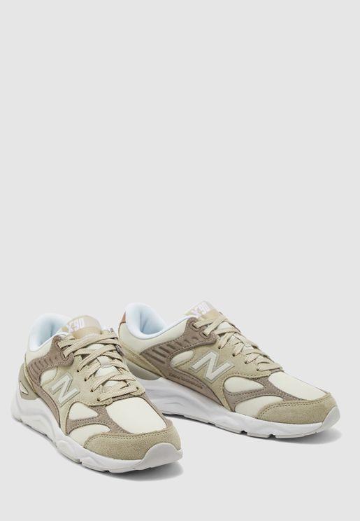 حذاء اكس 90