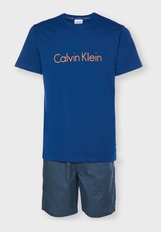 Logo T-Shirt & Shorts Pyjama Set