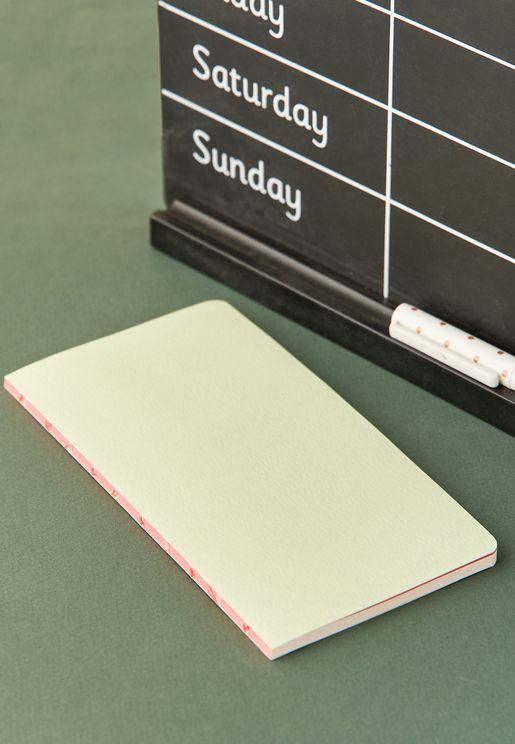 دفتر يوميات بفصول مرقمة