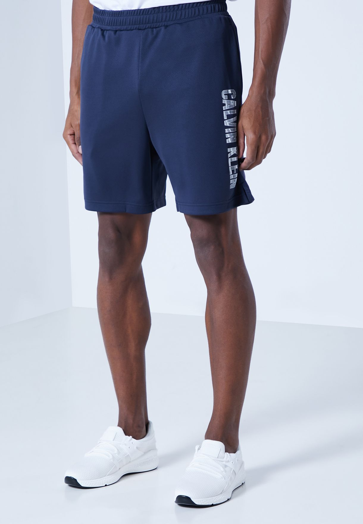 "6"" Side Logo Knit Shorts"