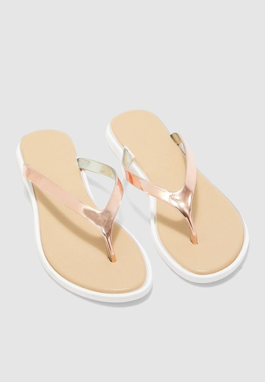 Metallic Detail Flip Flops