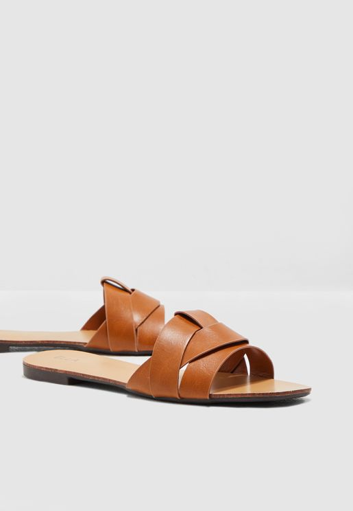 25f70ab509ec Woven Design Flat Sandal