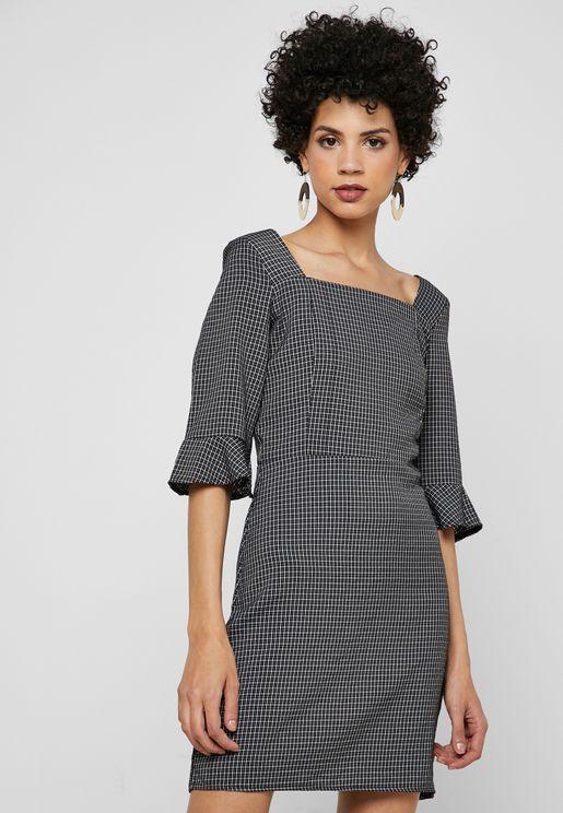 فستان ميني بطبعات مربعات