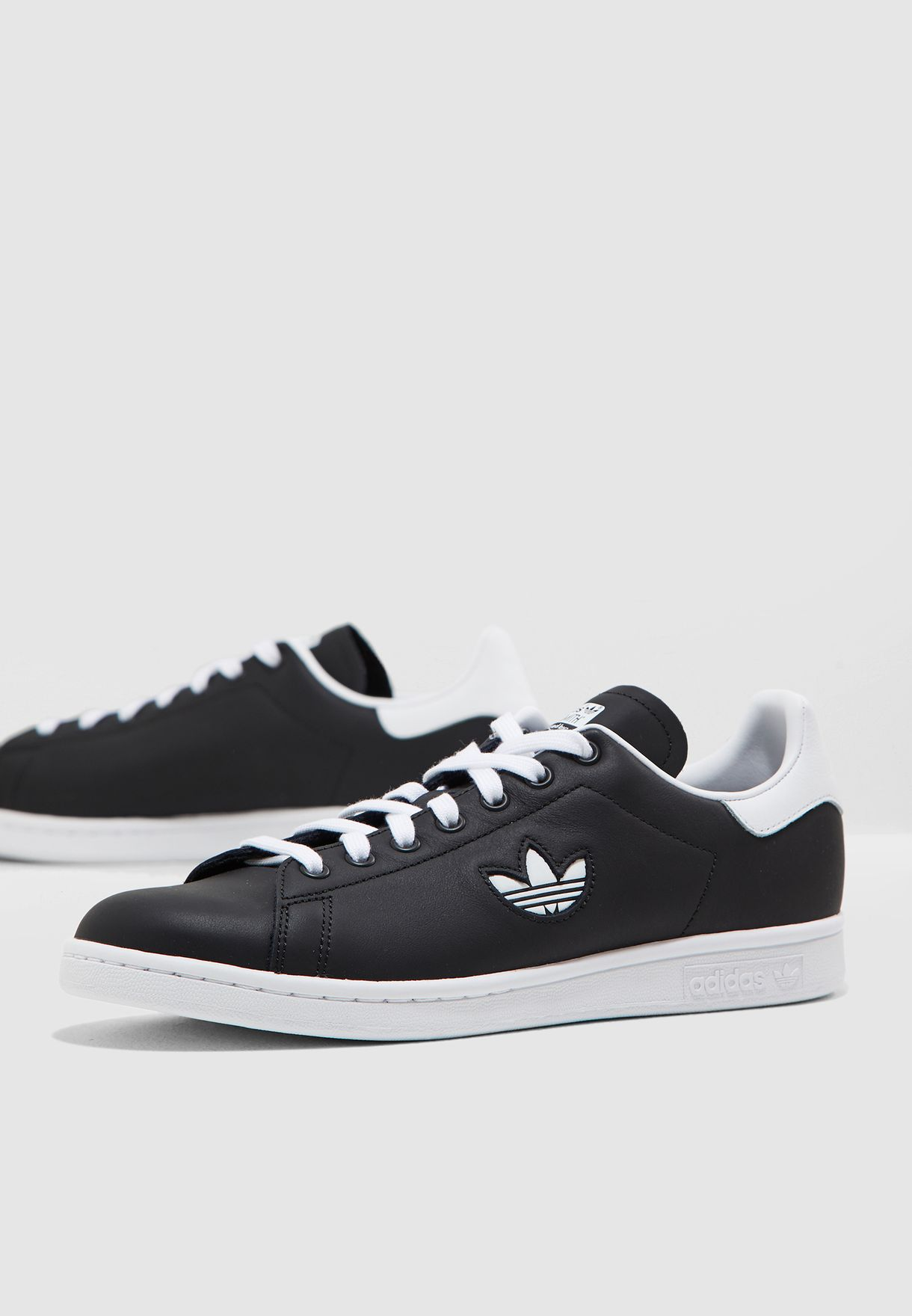 buy popular 12169 62b48 Shop adidas Originals black Stan Smith BD7452 for Men in UAE - 14448SH59BOP