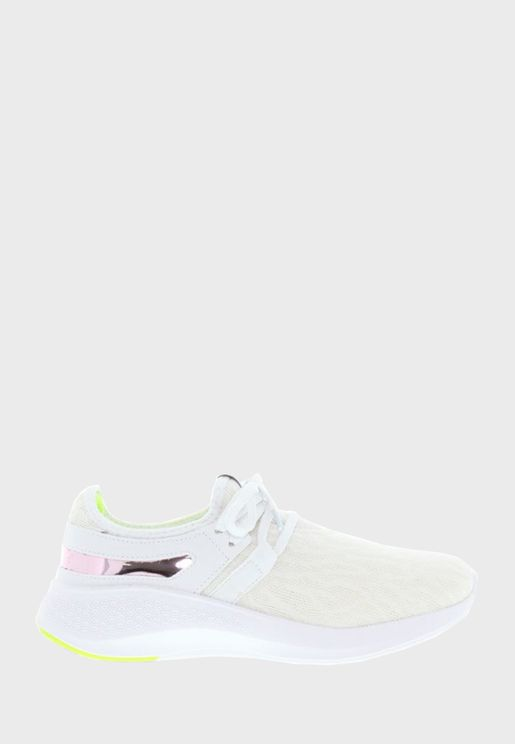 Karina Low-Top Sneakers