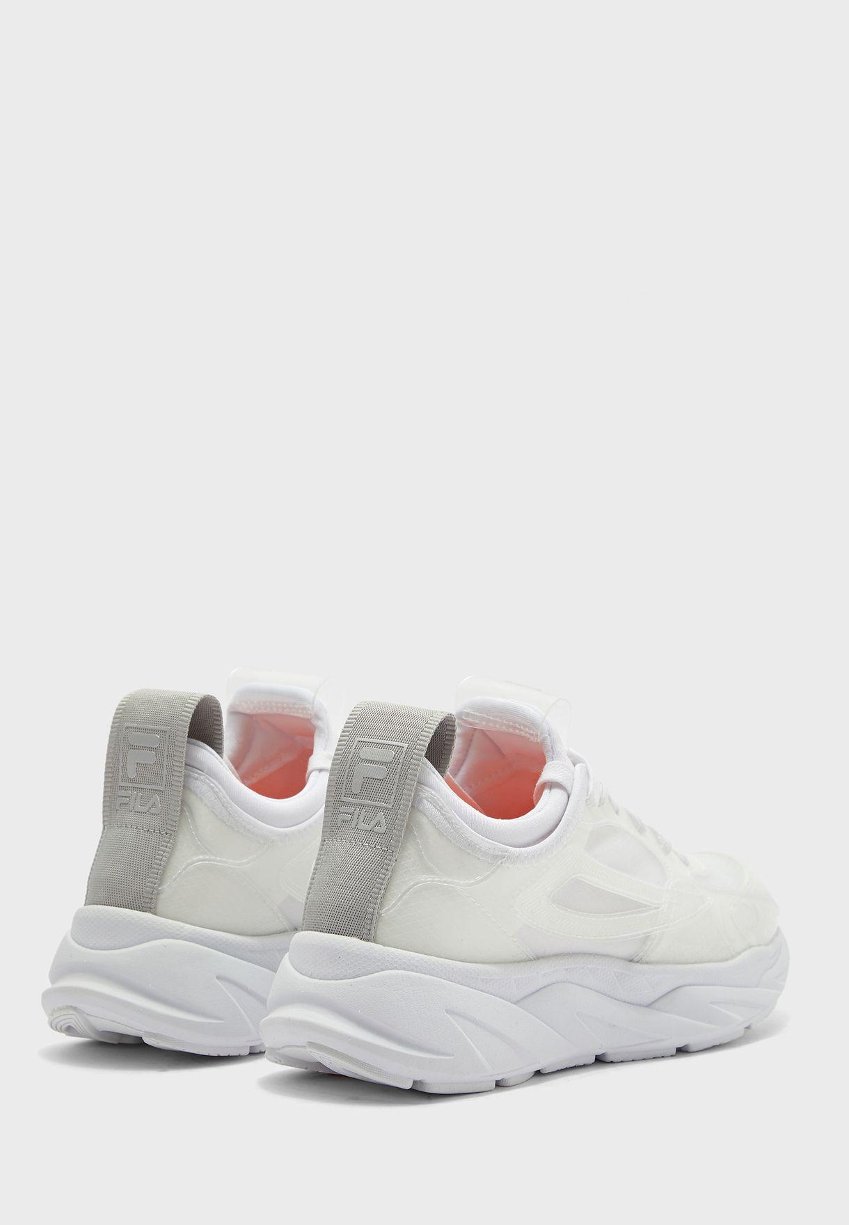 حذاء بنعل سميك