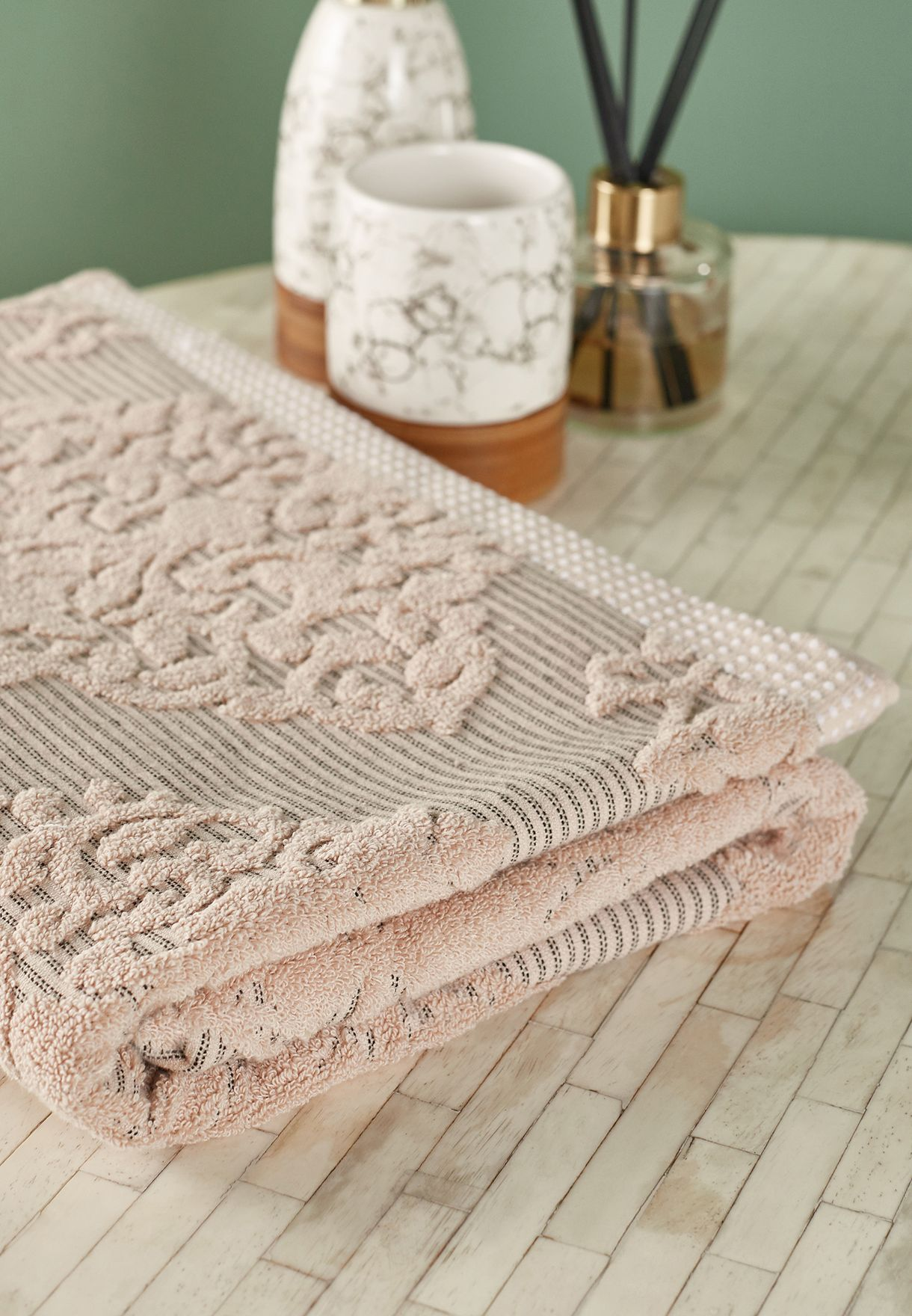 Cream Patterned Bath Towel