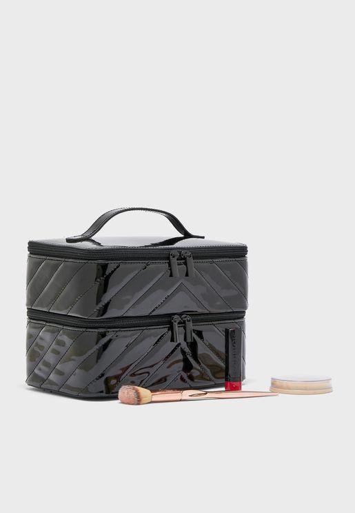 361a71d1f حقائب وشنط مستحضرات التجميل نسائية 2019 - نمشي عمان