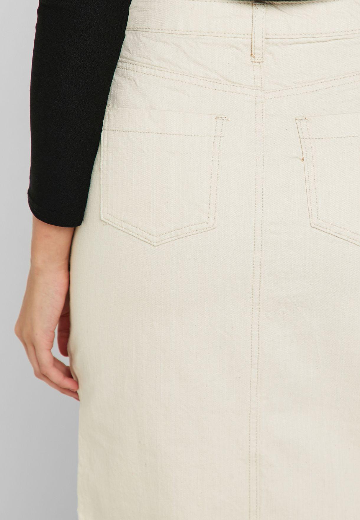 تنورة جينز بشق امامي
