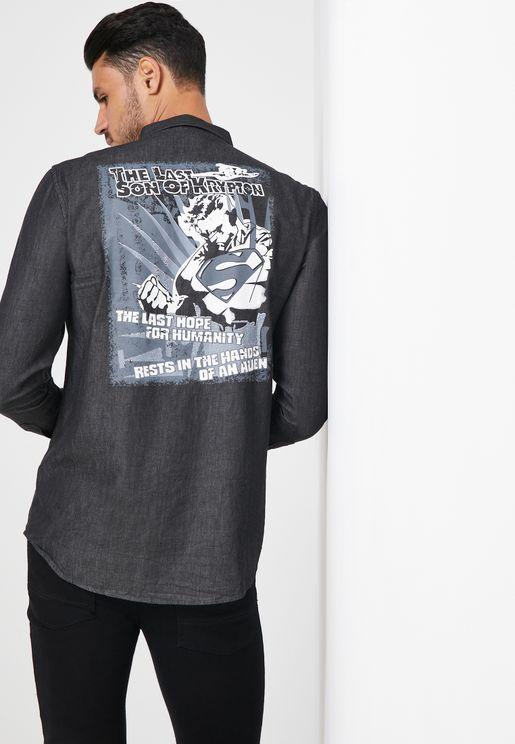قميص بطباعة غرافيك