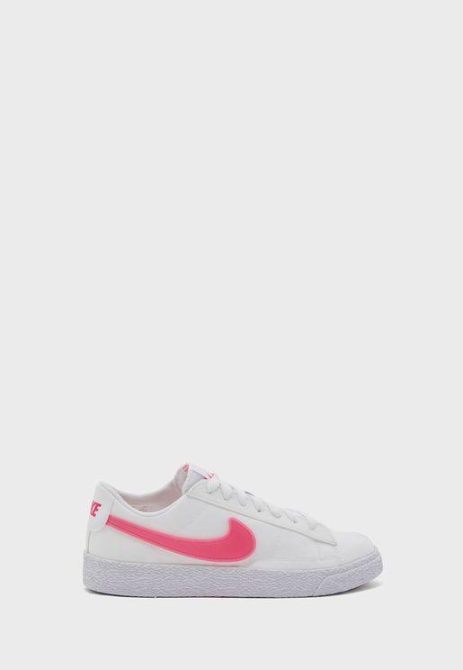 حذاء بليزر لو بوب