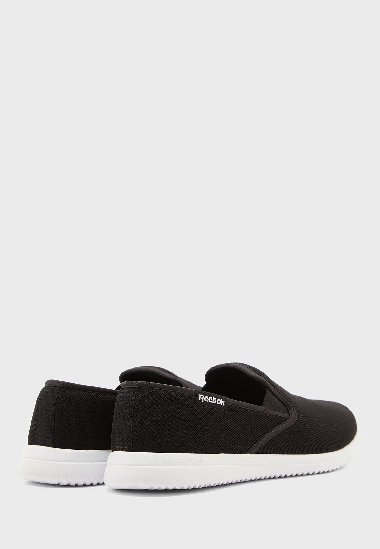 حذاء ريكيورجن