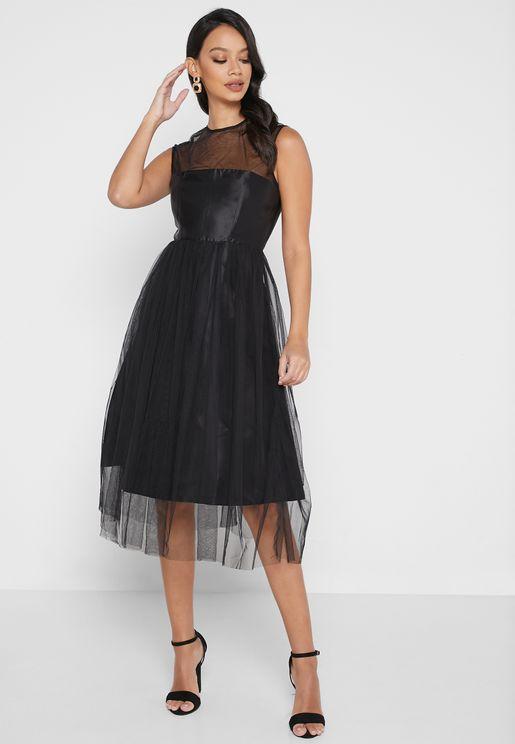 فستان بطبقة جزئية شبك