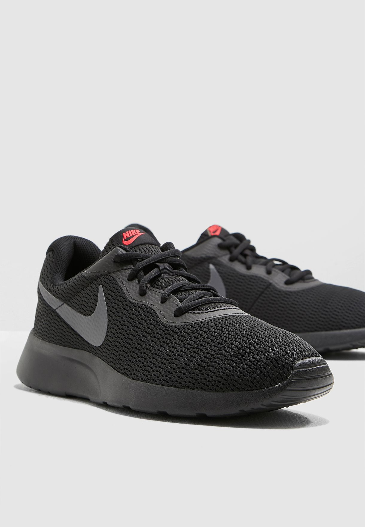 promo code c2651 e0aba Shop Nike black Tanjun 812654-015 for Men in UAE - 72704SH69RTP