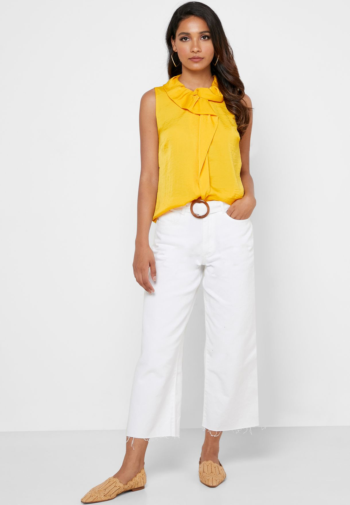 Ruched Detail Sleeveless Top