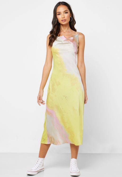 فستان ساتان