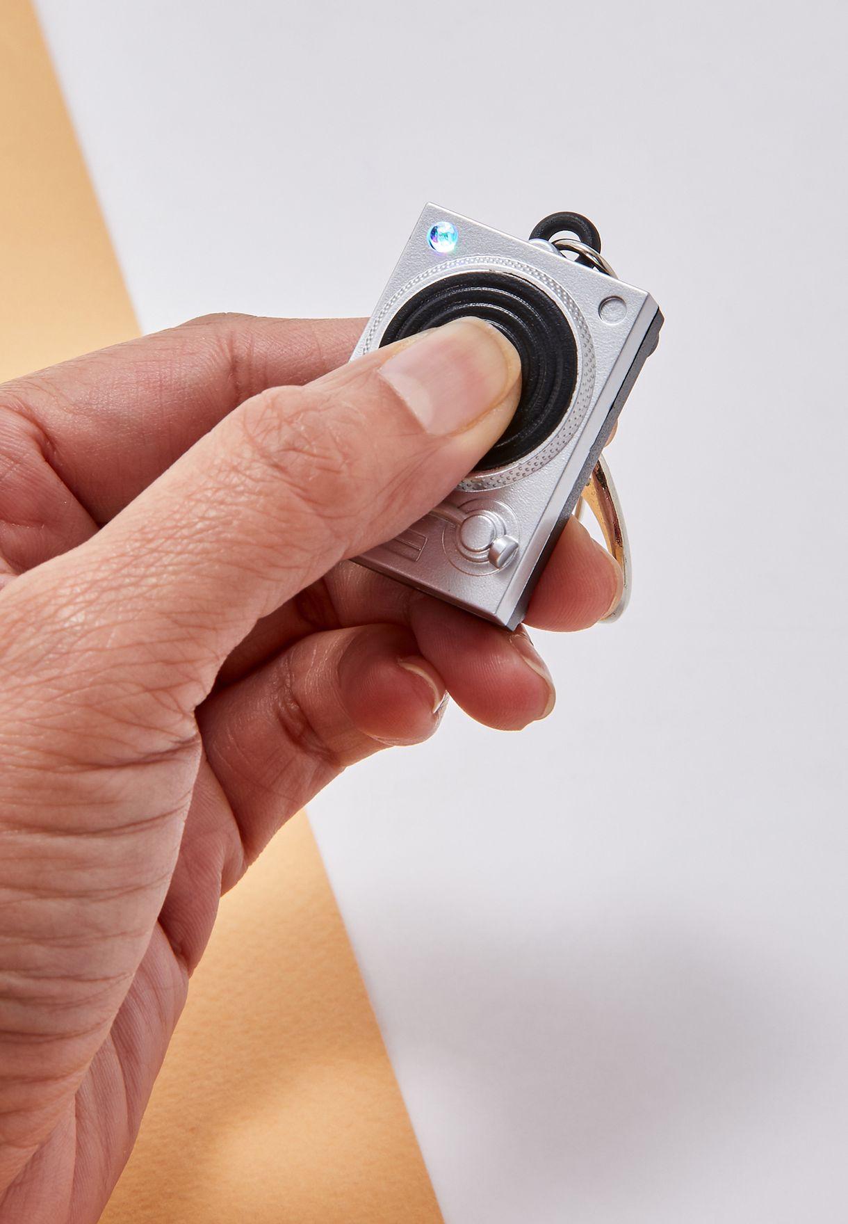 حلقة مفاتيح بإضاء ليد