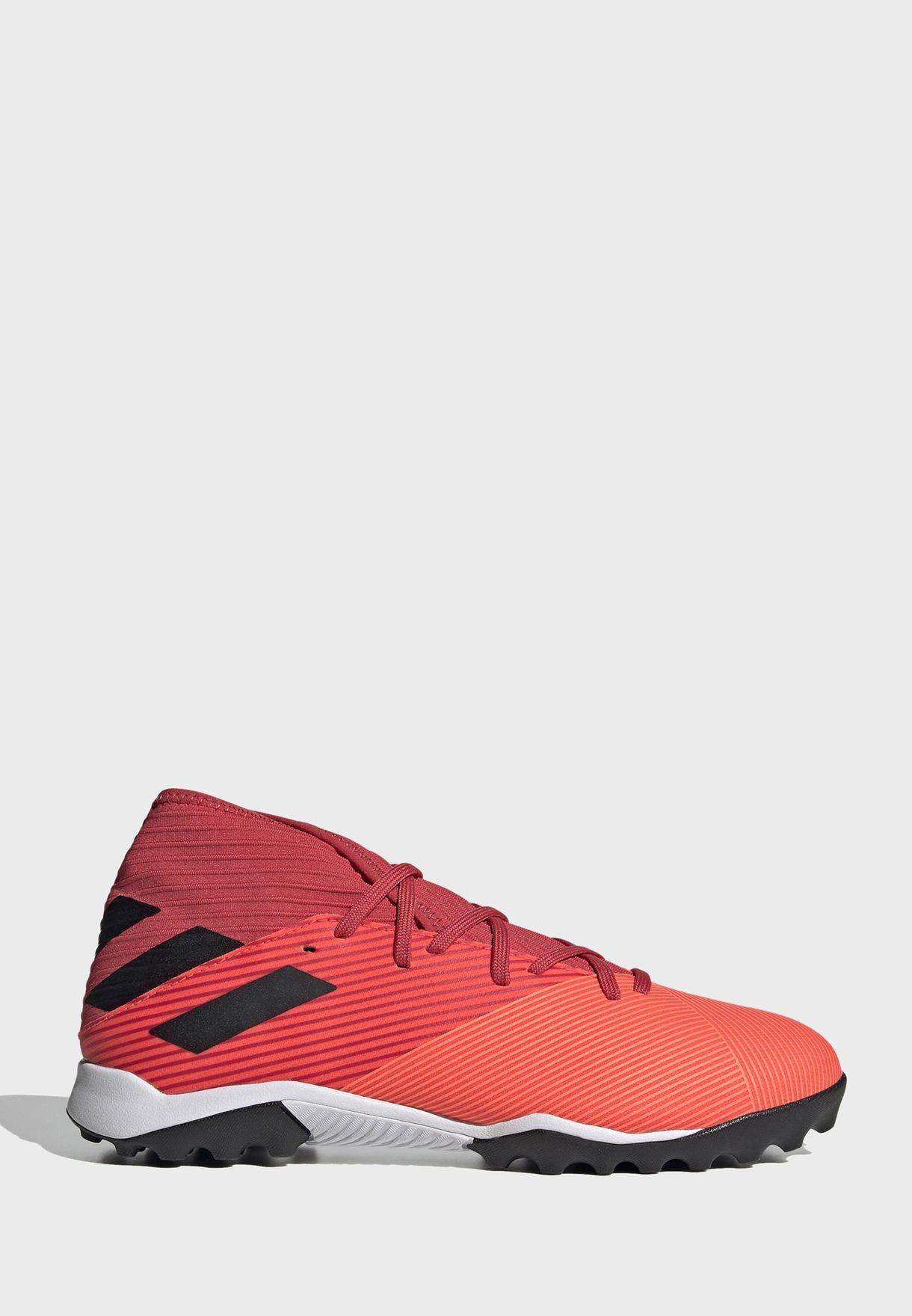 حذاء نيميزز 19.3 تي اف
