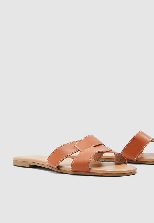 Fiesta Clean Flat Sandal - Brown