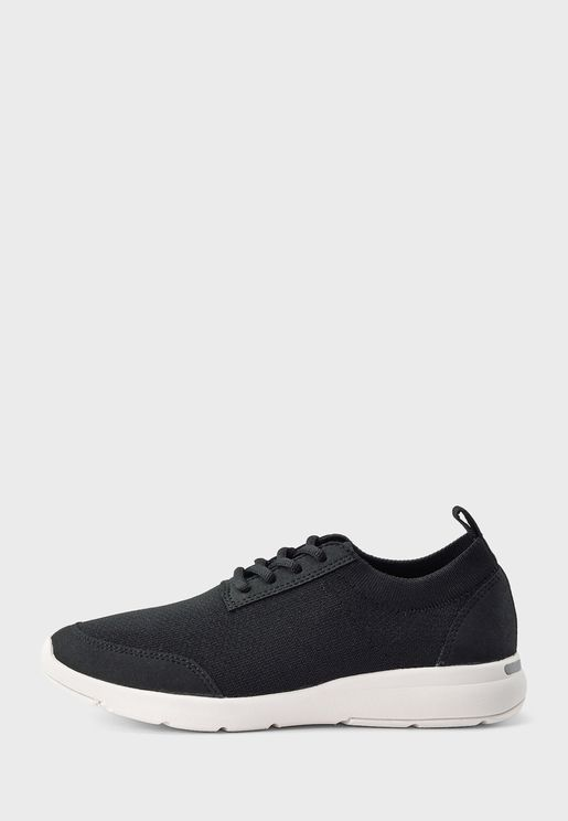 Casual Low-Top Lace-Up Sneakers