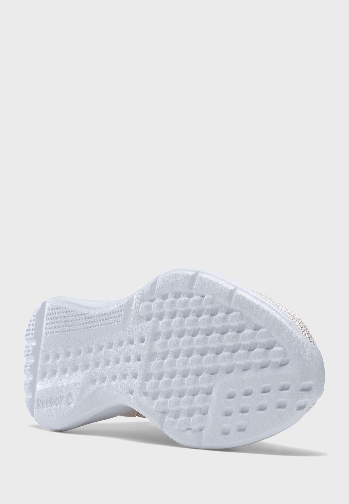 حذاء لايت بلس 2.0