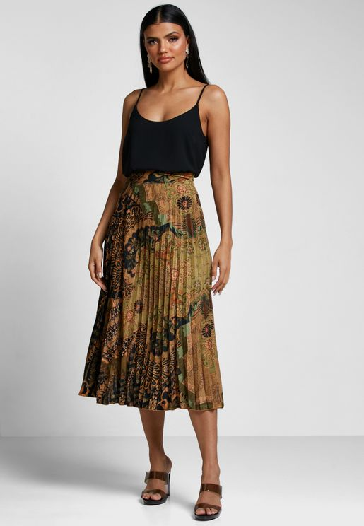 Pleated Embellished Skirt