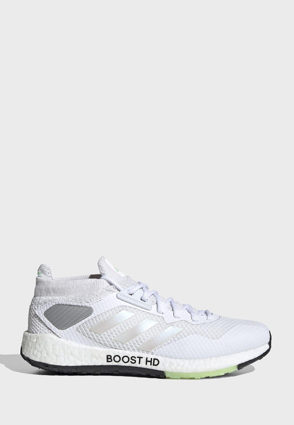 حذاء بالس بوست اتش دي