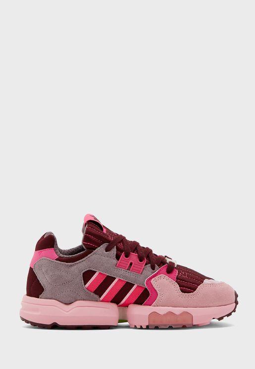 حذاء من مجموعة أديداس فاكتن