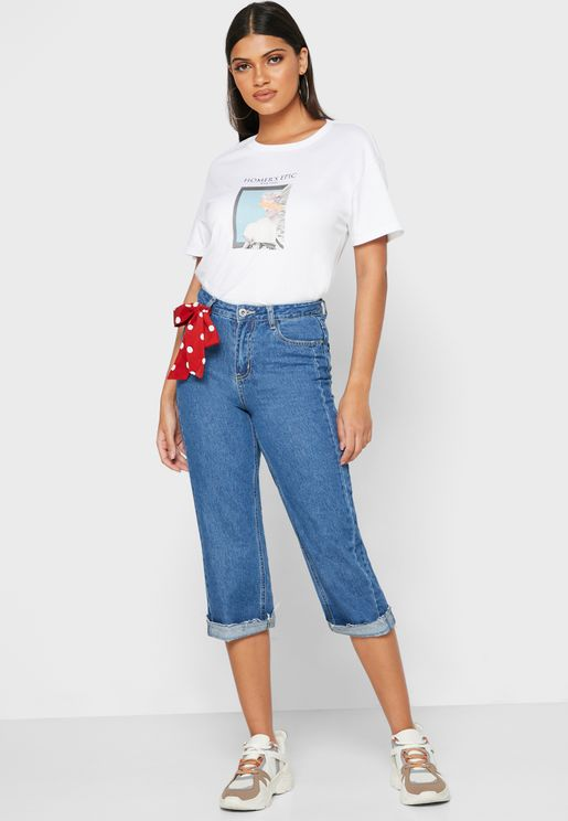 بنطال جينز بحواف مطوية