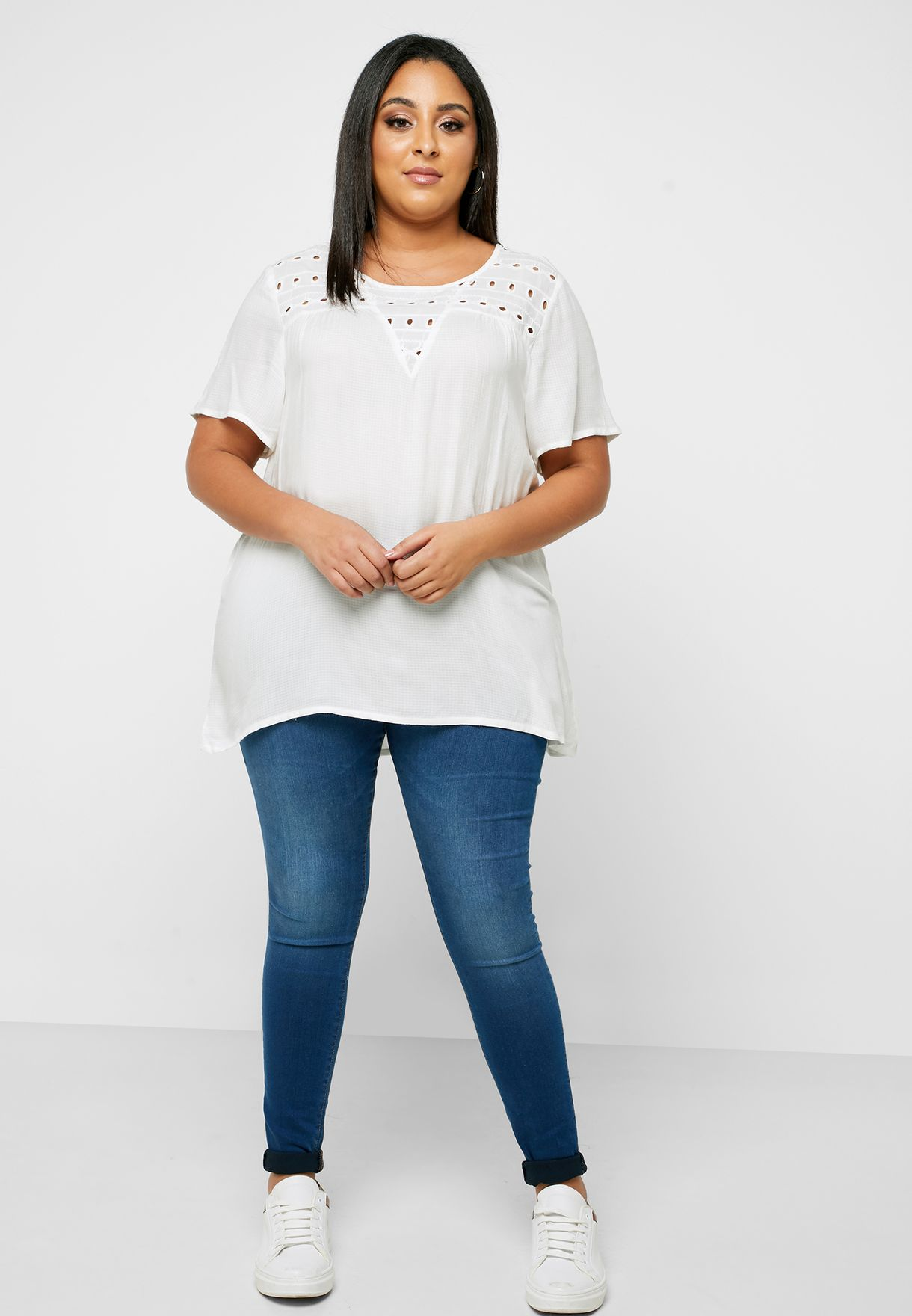 Broidery Detail T-Shirt