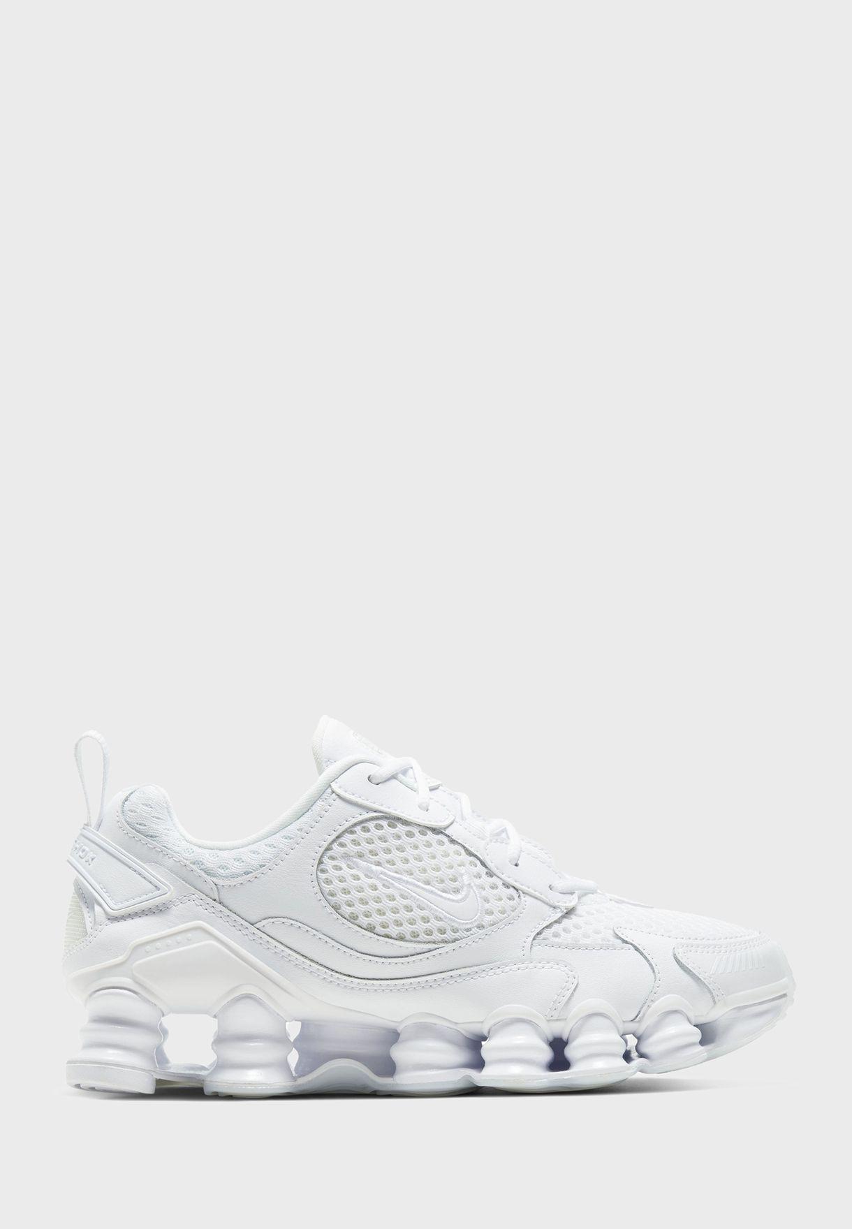 حذاء شوكس تي اي نوفا 2