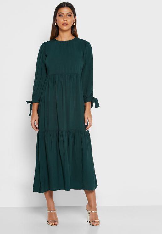 فستان ميدي متعدد الطبقات بأربطة اكمام