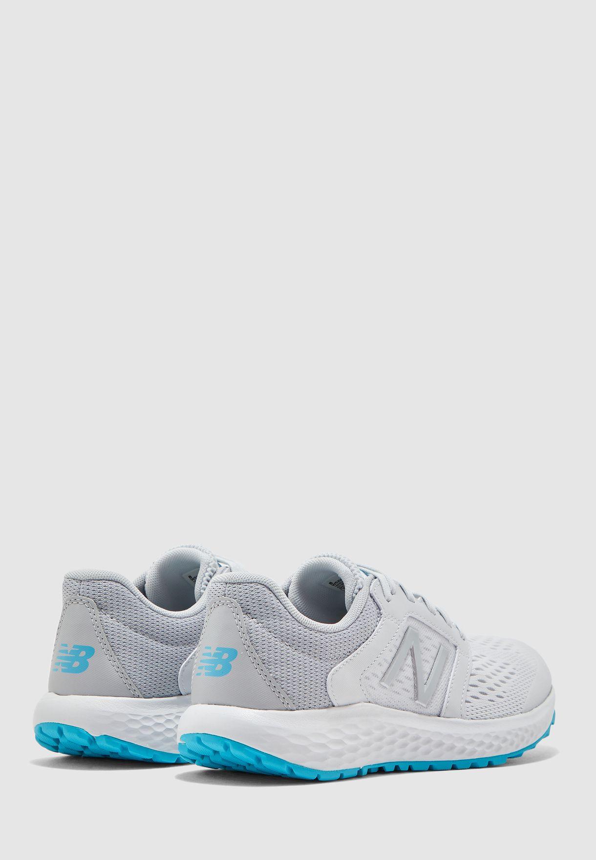 حذاء رياضة 520