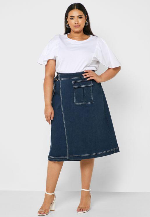 تنورة جينز لف بغرز مغايرة اللون