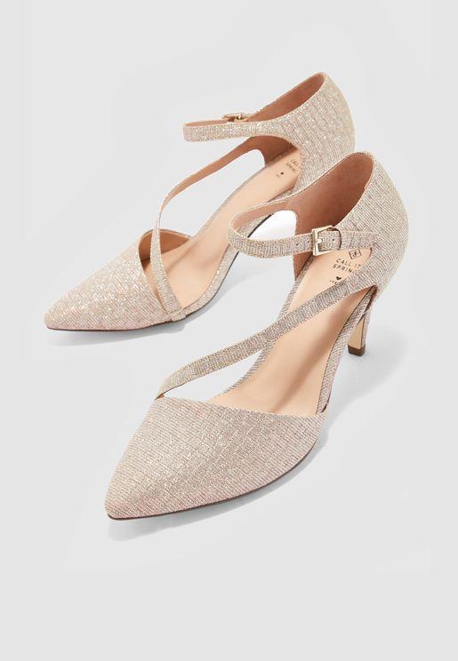 Emelya Pointed Toe Pump - Light Pink
