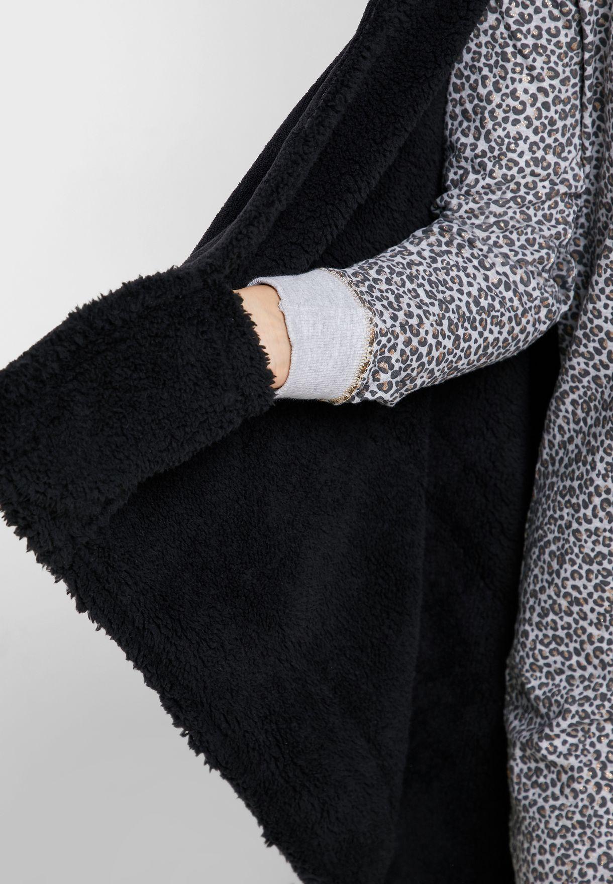 Premium Mini Mouse Hooded Blanket