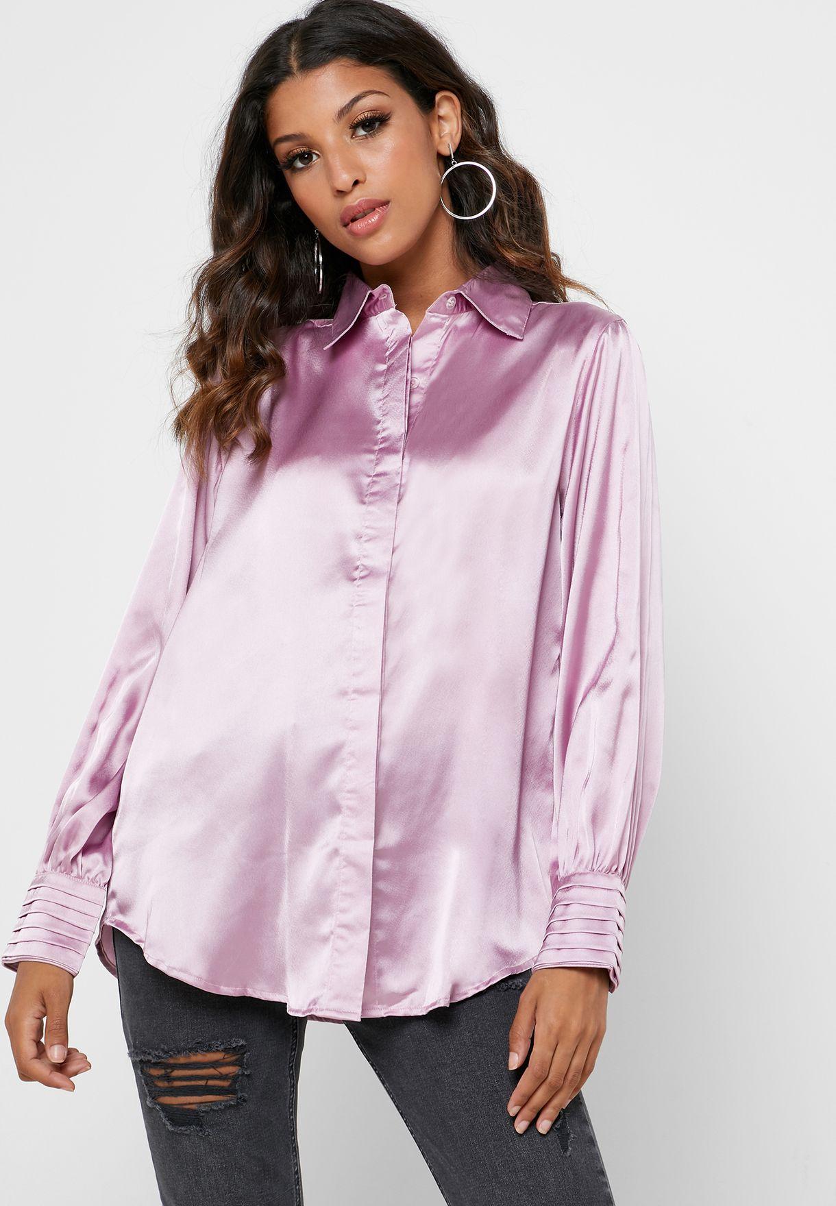 قميص مزين بازرار