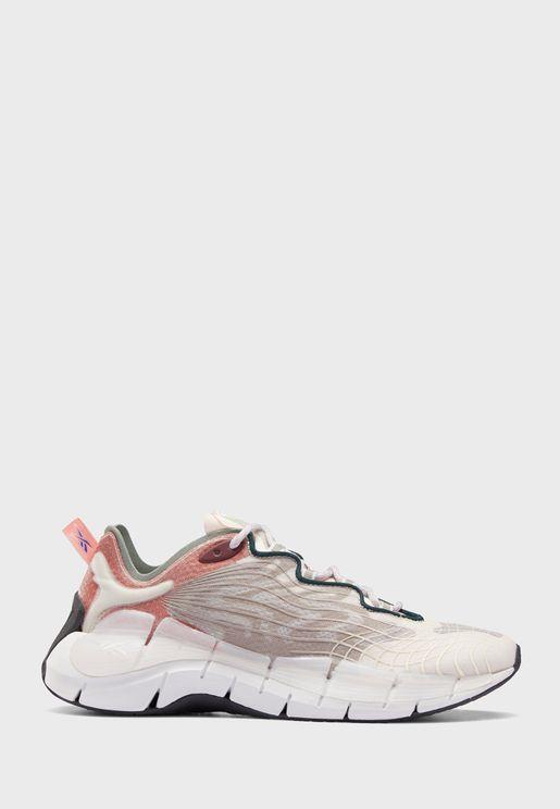 حذاء من مجموعة ريبوك اتس أ مانز وورلد