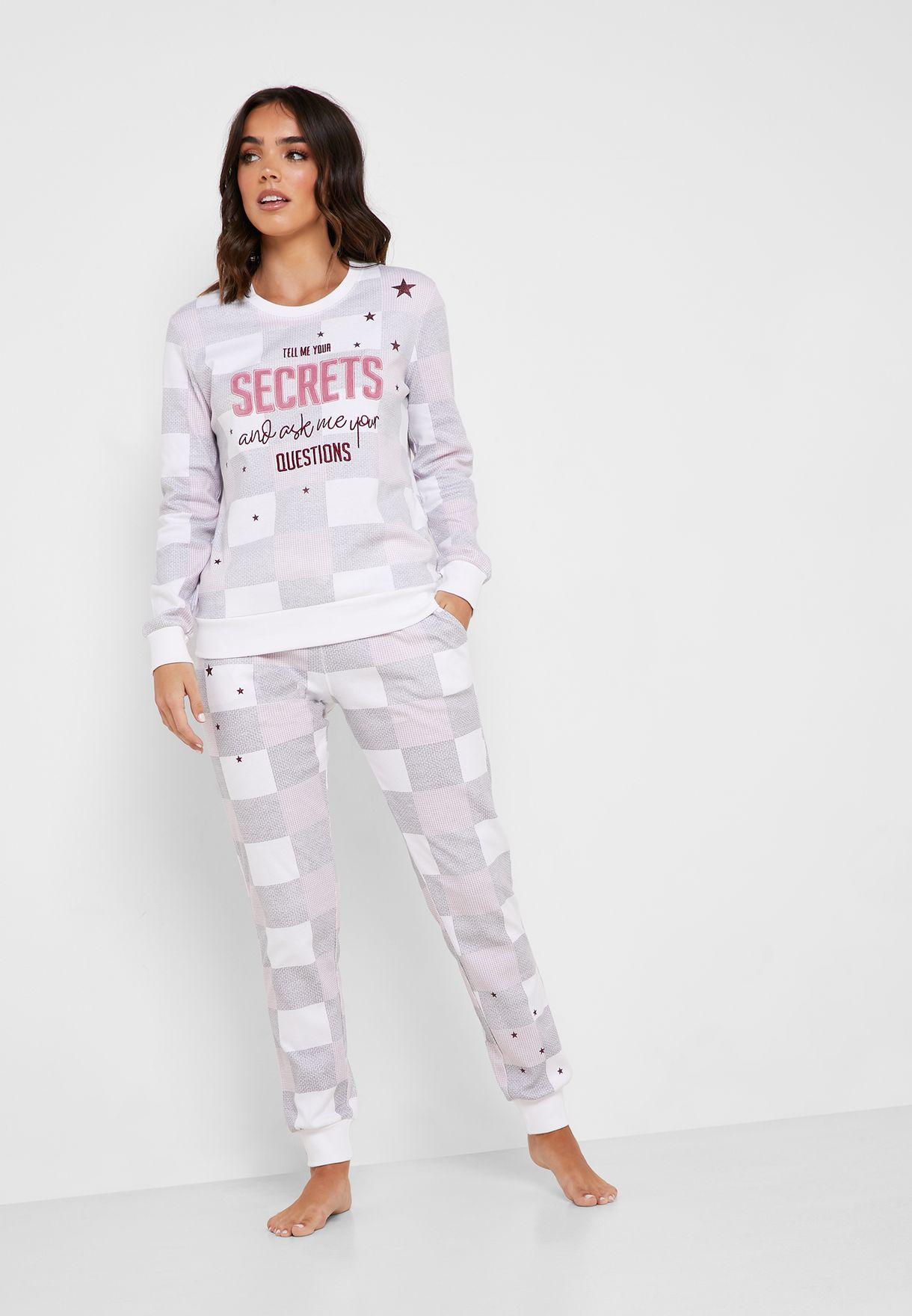 Slogan Checked T-Shirt & Cuff Pyjama Set