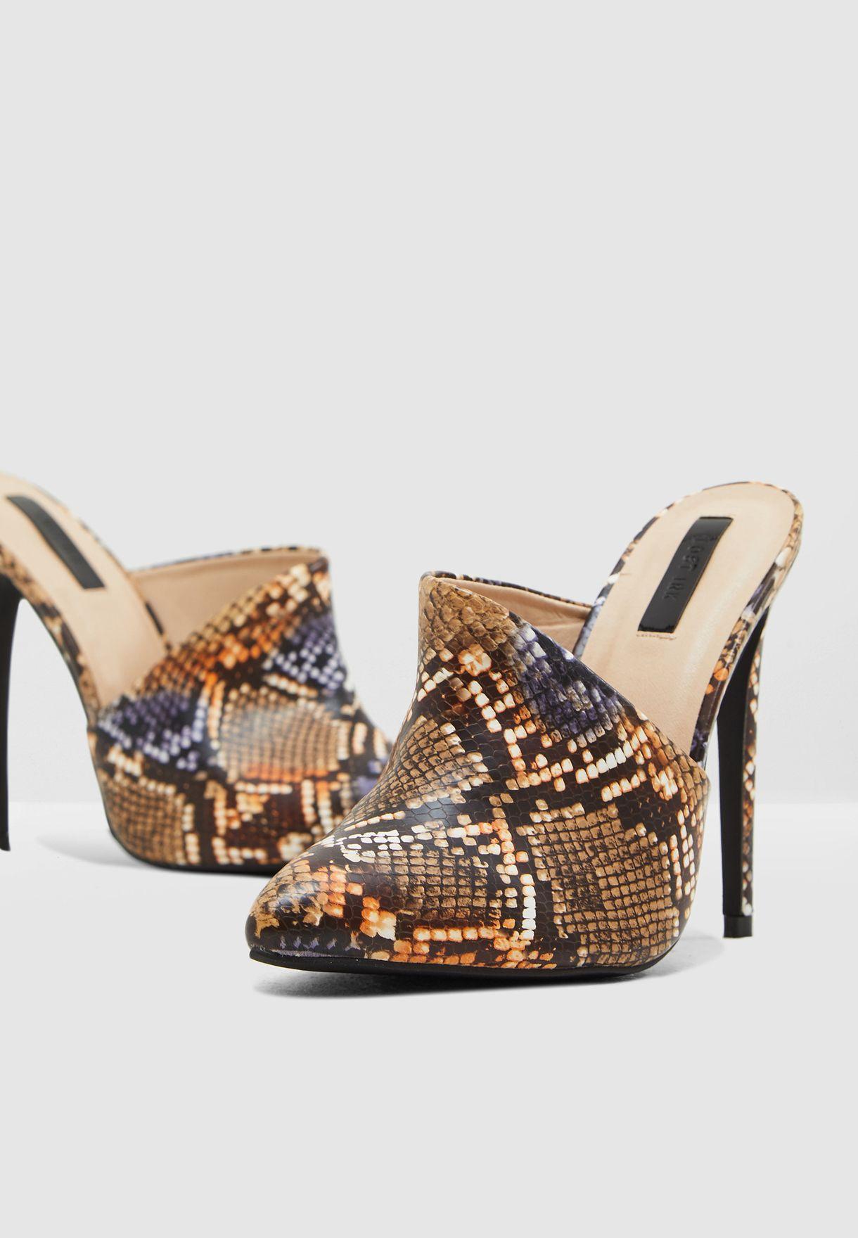 745cb5801149d تسوق حذاء بطبعات جلد حيوان ماركة لوست انك لون طبعات الحيوانات ...