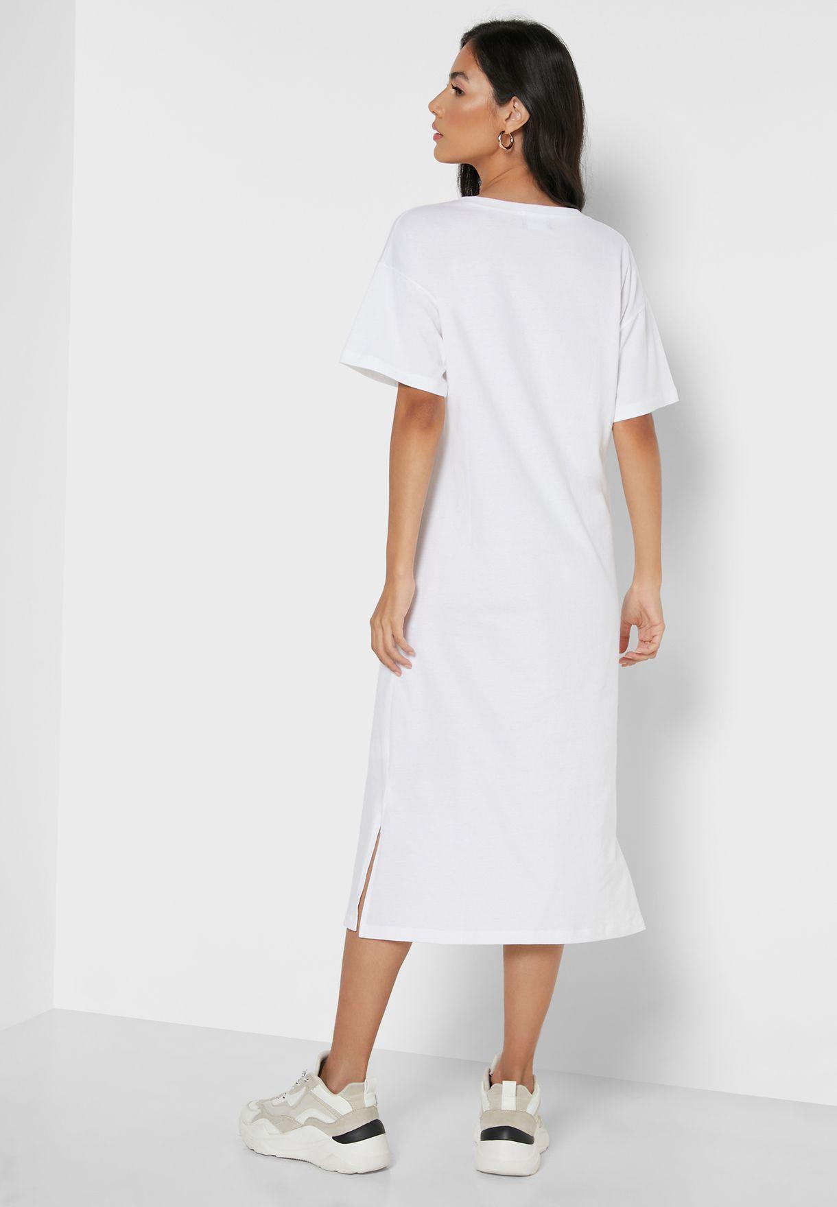 Relaxed V-Neck Midi Dress