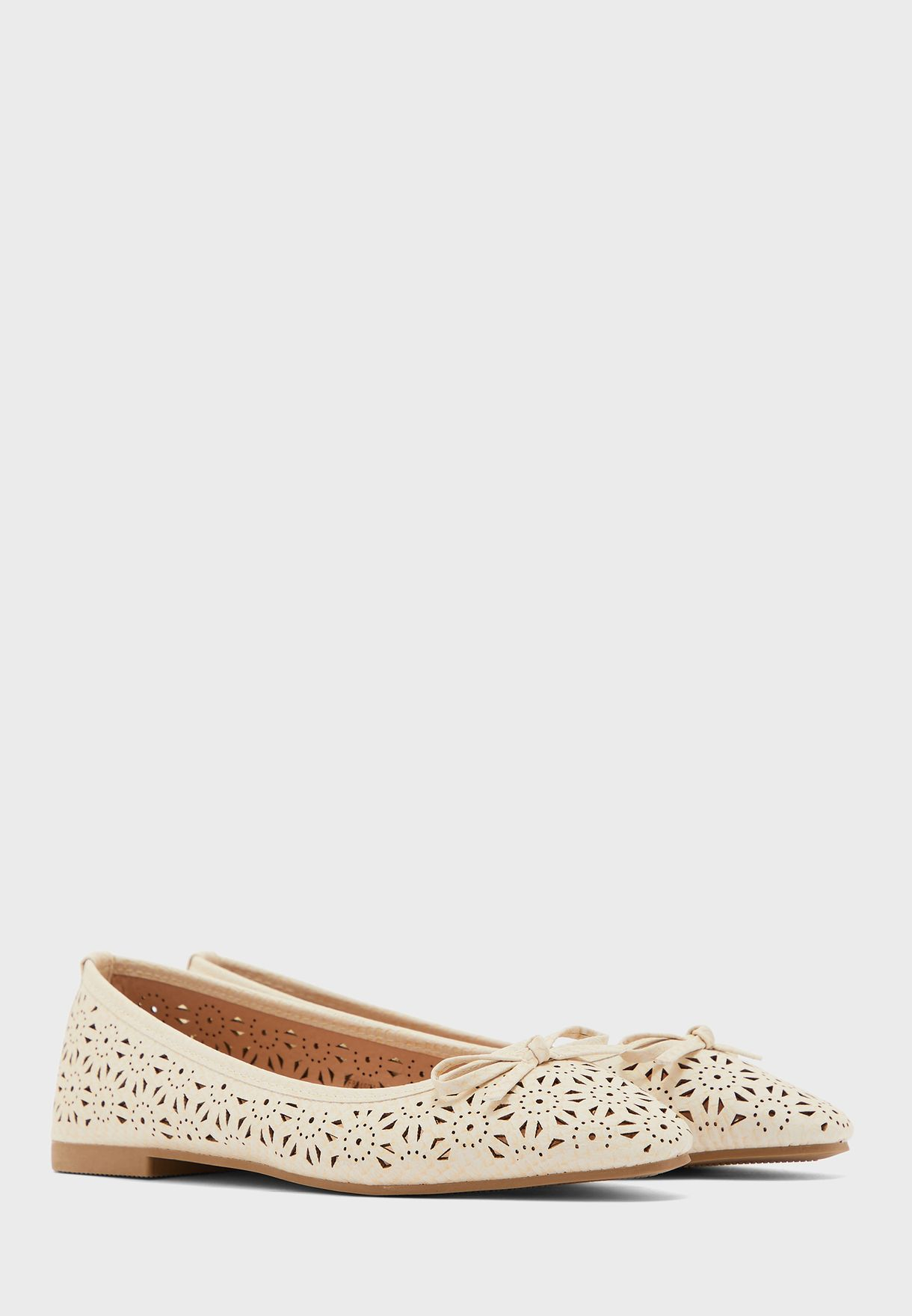 Cut Out Pointed Ballerina