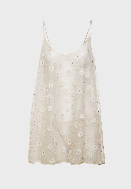 قميص نوم مزين بأزهار وجليتر