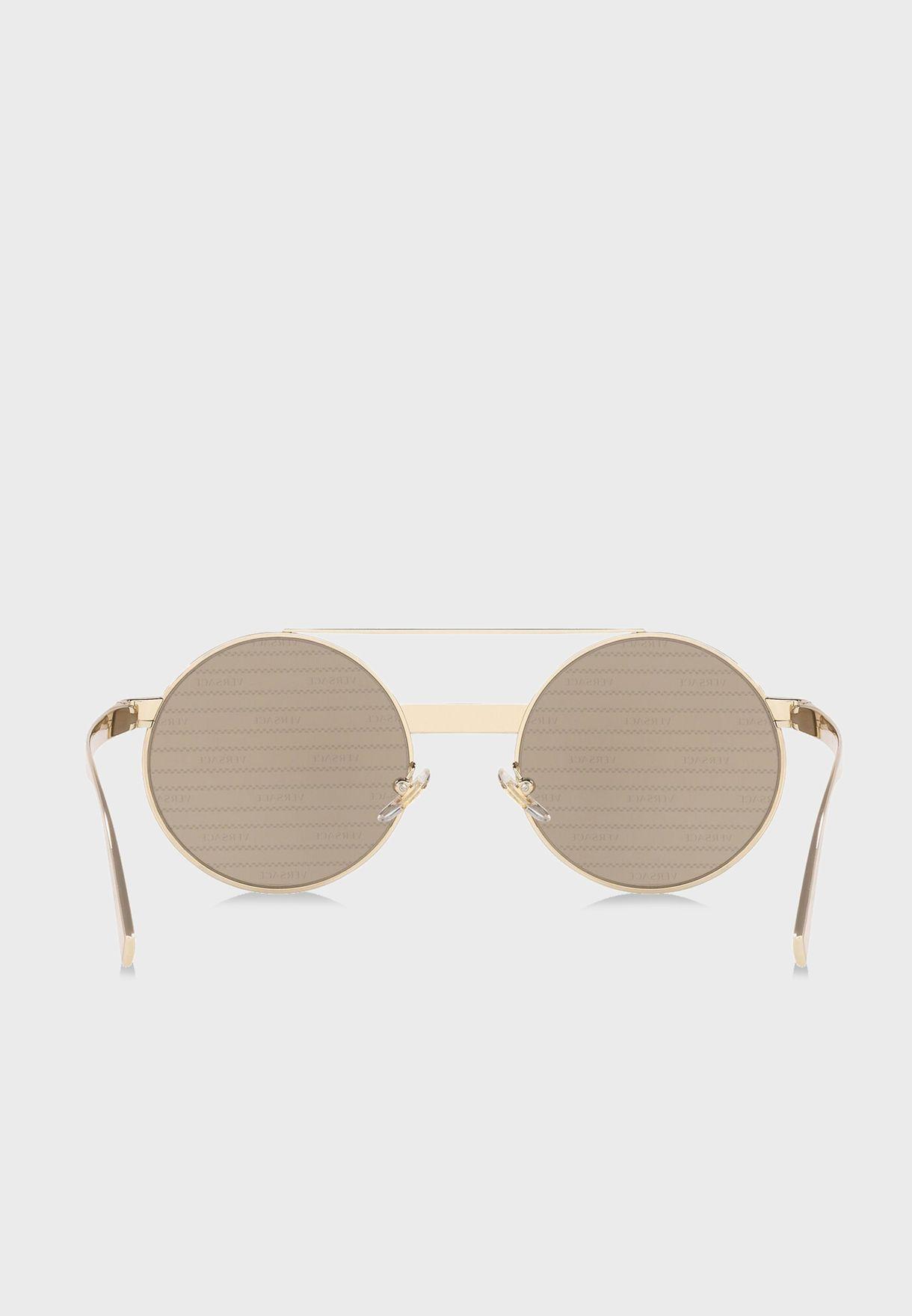 نظارة شمسية بطبعات الماركة