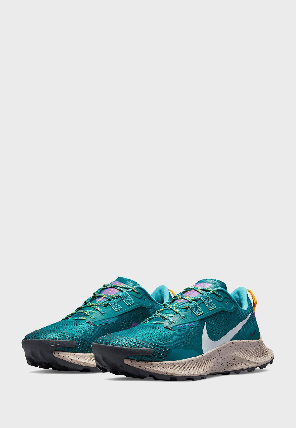 حذاء بيجوس تريل 3