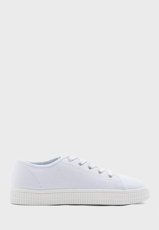Chelsea Creeper Low Top Sneaker