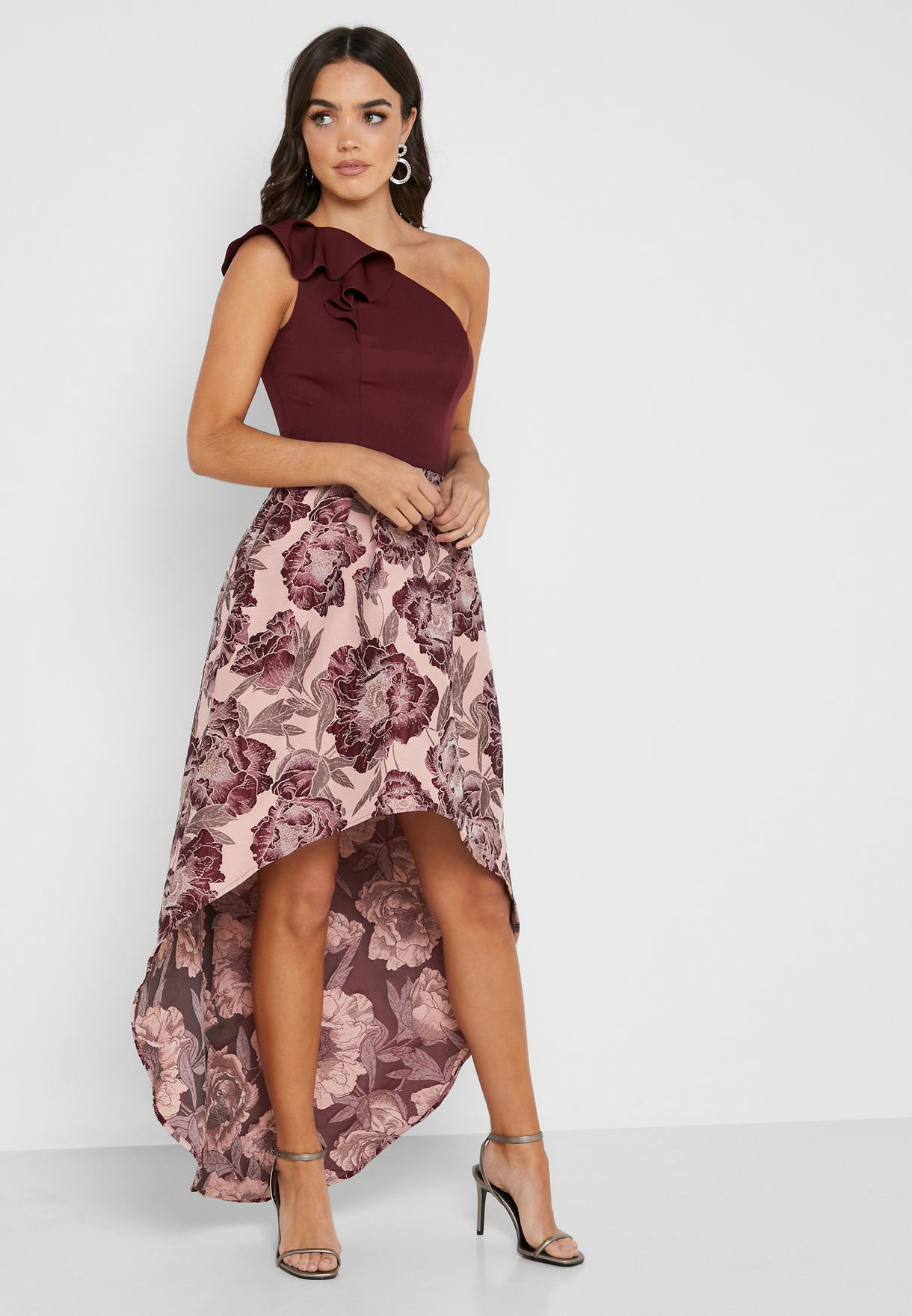 فستان بكتف واحد مزين بكشكش