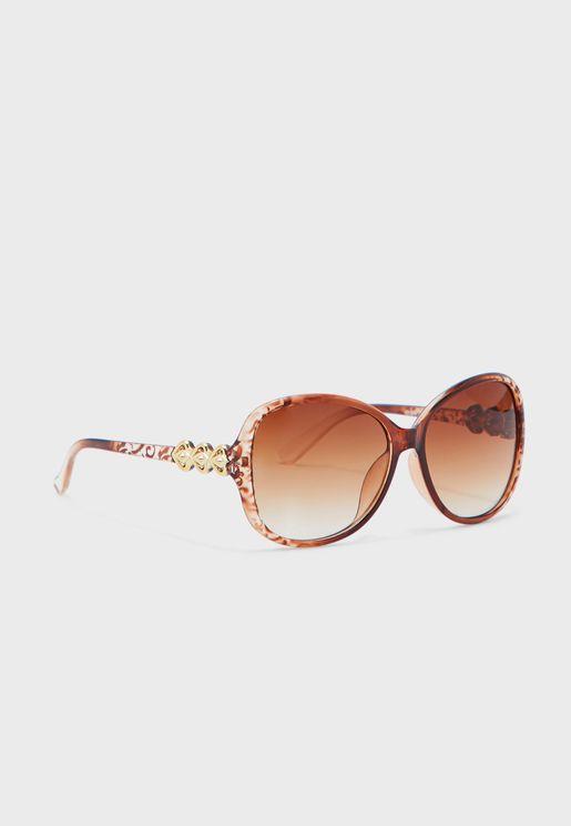 نظارة شمسية بتداخل ذهبي