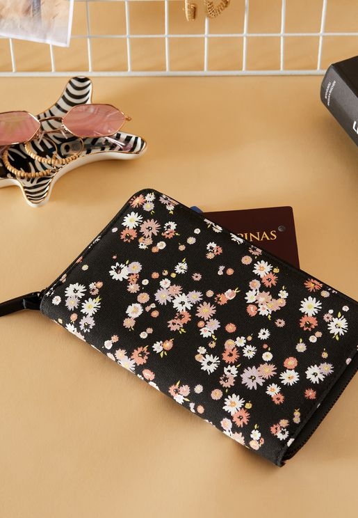 Dolly Daisy Floral Travel Wallet